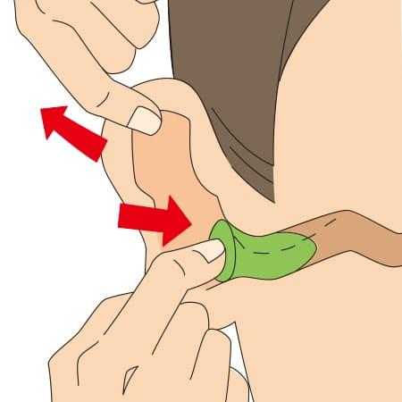 耳栓の挿入方法 3
